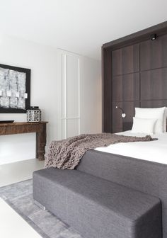Penthouse Amsterdam; master bedroom; design Remy Meijers