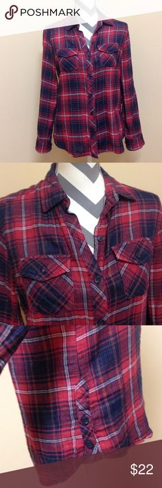 • beach lunch lounge • Plaid shirt. 100 cotton. Striped lining on the inside. Cute when sleeves are rolled up. Size xs. Excellent condition. Beach lunch lounge Tops Button Down Shirts