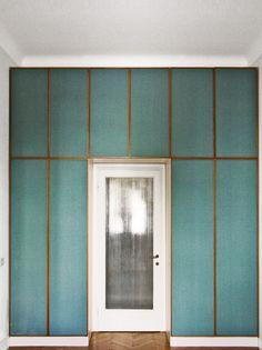 MadAbout Interior Design - Italian Design: Milan apartment of Silvia & Adri,. Detail Architecture, Interior Architecture, Interior Walls, Interior And Exterior, High Design, Modern Design, Milan Apartment, Wall Design, House Design