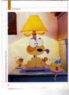 Manualidades: Molde Cachorrinho no Abajur #eva #moldesdeeva #molde #artesanato #imprimir #gratis #painel #eva #moldesdeeva #molde #artesanato #imprimir #gratis #painel Foam Crafts, Metal Crafts, Diy Toys, Diy Woodworking, Decoration, Dog Cat, Snoopy, Holiday Decor, Home Decor