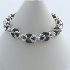 Google Image Result for http://www.purplemoon-beads.co.uk/photos/ThZoom_634637083282685090_byz%2520rings.jpg