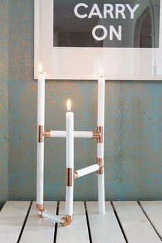 kungen & majkis: Koppar och rundstavs-ljusstake.