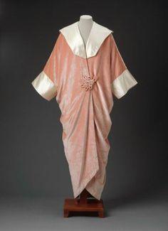 Evening Coat, House of Worth 1920, French, Made of silk velvet