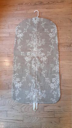Women's Camel Toile Hanging Garment Bag by CarryItWell on Etsy Vera Bradley Garment Bag, Rebecca Brown, Etsy Cards, College Gifts, Garment Bags, Dog Show, Grosgrain, Bridesmaid Gifts, Camel