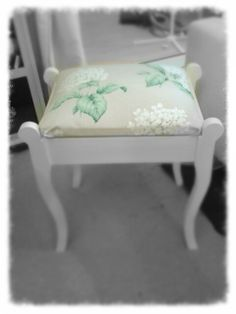 Dressing Table Stool Painted In Annie Sloan Chalk Paint In Old