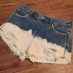Free People Jean Shorts Acid washed/bleached bottom Free People Shorts Jean Shorts