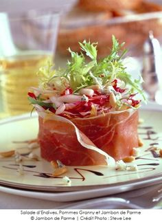 Endive salad, Granny apples and Parma ham - - Pork Recipes, Wine Recipes, Cooking Recipes, Healthy Dinner Recipes, Appetizer Recipes, Food Presentation, Clean Eating Snacks, Chefs, Food Inspiration
