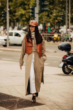 The best street style from milan fashion week - page 3 british vogue. Milan Fashion Week Street Style, Milan Fashion Weeks, Cool Street Fashion, Look Fashion, Fashion Outfits, Fashion Trends, Paris Fashion, Fashion Coat, Tokyo Fashion