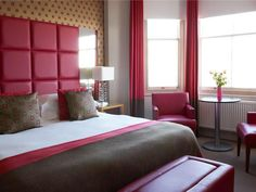 Hastings Hastings House United Kingdom, Europe Hastings House is conveniently located in the popular Central St Leonards area. The hotel offers guests a range of services and amenities designed to provide comfort and convenience. Free Wi-Fi in all rooms, Wi-Fi in public areas, car park, airport transfer, meeting facilities are just some of the facilities on offer. Some of the well-appointed guestrooms feature television LCD/plasma screen, internet access – wireless, internet a...