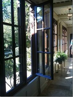 Browse thousands photos of Casement Windows that will inspire you. Find ideas and inspiration for Casement Windows to add to your own home. French Casement Windows, Black Windows, Big Windows, Windows And Doors, French Doors, Porch Windows, Wood Windows, House Paint Exterior, Arquitetura