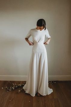 Elegant Wedding Dress, Casual Wedding, Wedding Gowns, Plain Wedding Dress, Bridal Dresses, Bridesmaid Dresses, Bridal Dress Design, Bridal Boutique, Bridal Collection
