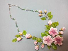 Hey, I found this really awesome Etsy listing at https://www.etsy.com/listing/258207363/flowers-of-apple-glass-necklace-lampwork
