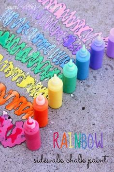 Rainbow Sidewalk Chalk Paint tutorial on Learn, Play and Imagine. This and more DIY Kids Summer Ideas for your sumemr bucket list. Fun in the Sun - DIY Summer Fun Ideas for Kids. Boredom Busters, crafts and activities. Homemade Sidewalk Chalk, Sidewalk Chalk Paint, Homemade Paint, Summer Activities For Kids, Diy For Kids, Crafts For Kids, Kids Fun, Art Kids, Craft Activities