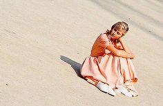 Sandy gif <3 :) Grease 1978, Grease 2, Grease Movie, Grease Lightening, Sandy Grease, Grease Is The Word, Sandra Dee, Olivia Newton John, John Travolta