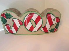 Block craft Painted Bricks Crafts, Brick Crafts, Painted Pavers, Stone Crafts, Painted Rocks, Hand Painted, Cement Crafts, Christmas Rock, Christmas Signs