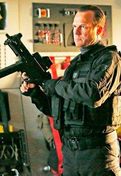 Bill Paxton (Garrett)