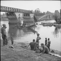 UK Military Bridging - World War II (Africa and Northwest Europe) - Think Defence Vernon, North African Campaign, Royal Engineers, Ww2 Pictures, Local History, D Day, British Army, Military History, World War Two