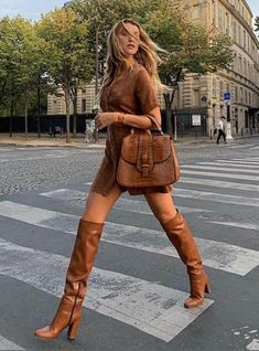 Girly Outfits, Stylish Outfits, Fashion Outfits, Fashion Clothes, Nice Outfits, Classy Outfits, Modest Fashion, Women's Fashion, Brown Knee High Boots