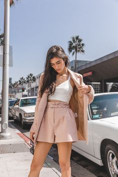 51 super cute outfits for school for girls to wear this fall 41 Cute Outfits For School, Cute Summer Outfits, Cute Casual Outfits, Short Outfits, Look Blazer, Blazer And Shorts, Look Star, Fashion Outfits, Womens Fashion