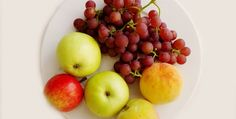 Cake with grapes and apple