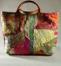 Chic Oneofakind Custom Fabric Collage Perfect for by ilovetwilla Tote Purse, Tote Handbags, Purses And Handbags, Patchwork Bags, Quilted Bag, Handmade Handbags, Handmade Bags, Feminine Mode, Summer Tote Bags