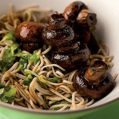 Soba noodles with soy mushrooms