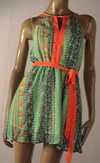 Vestido estampado verde $109.990