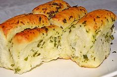Knoblauch - Faltenbrot, ein leckeres Rezept aus der Kategorie Brot und Brötchen. Bewertungen: 313. Durchschnitt: Ø 4,7.