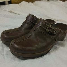 Nickels Brown Clogs/Slides/Mules Dark brown size 9.5 with white/cream stitching. Brass adjustable buckle across the top. Normal use with very minimal marks (pic 2). Nickels Shoes
