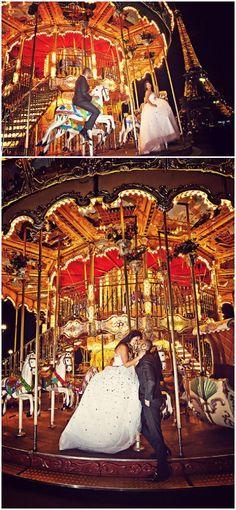 Carousel Paris as a backdrop for a pre wedding session © www.melvingilbert.com/