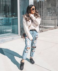 """4572cace2 DENMICH7🌟BEAUTY   FASHION BLOG on Instagram  """"You re definitely Canadian  when it feels like summer in a 15° weather.😄 Who feels lighter today  without ..."""