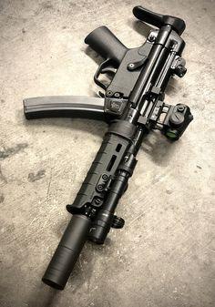 Zombie Weapons, Ninja Weapons, Weapons Guns, Guns And Ammo, Airsoft Guns, Colt Python, Battle Rifle, Submachine Gun, Custom Guns