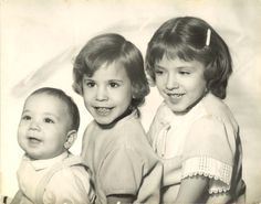 I'm in the middle.  My youngest brother wasn't born yet.