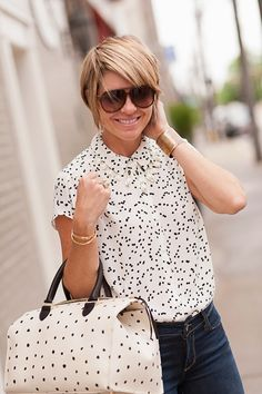 bag (Clare Vivier,Omar + Elsiealso available onlineHERE), blouse (Loft, see similar dotsHEREHERE&HERE), denim (Paige c/oBlossom of Lexingtonalso avail onlineHERE), necklace (Kendra Scott c/o), bracelets (Kate Spade,Coordinates, c/o Omar + Elsie, cuffMorton James), rings (Anna Beck, Lagos), shades (Gucci) Happy Sunday, Gang! Not sure about your parts of the world, but here in Lex, we're having …