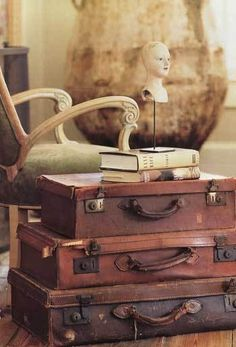 Make a table from old suitcases.
