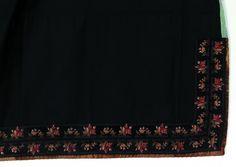 Beltestakk gjennom 200 år - Magasinet BUNAD Tapestry, Home Decor, Store, Hanging Tapestry, Tapestries, Decoration Home, Room Decor, Wall Rugs, Interior Decorating