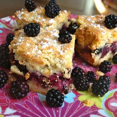 Découvrez la recette Biscuits croustillants aux mûres sur cuisineactuelle.fr.