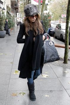 monica cruz style i loooooove this one except for the hat, but the rest i love!