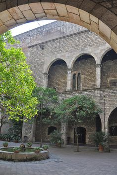 Barcelona ,Pati del Museu Marés