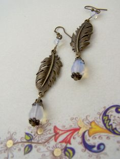 Victorian earrings white opal earrings feather by ValkyriesSong €13.70