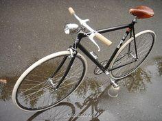 modern+bike+vintage.JPG 640×480 pixels