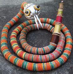 Diy Bottle Cap Crafts 232850243203370758 - bottlecap snake Source by HiFriendsItsAmy Beer Cap Art, Beer Bottle Caps, Bottle Cap Art, Beer Caps, Bottle Top, Diy Bottle, Bottle Cap Projects, Bottle Cap Crafts, Junk Art