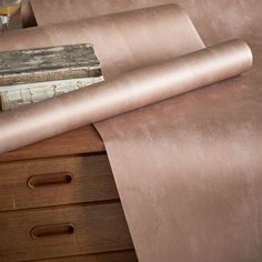 Designers Guild Parchment - copper wallpaper for industrially themed homes/rooms/spaces. Rose Gold Wallpaper, Copper Wallpaper, Home Wallpaper, My New Room, My Room, Blush Walls, Gold Walls, Deco Rose, Interior Design Website
