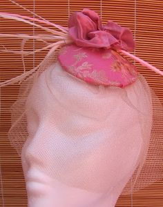 Tocado rosa empolvado Ballet Dance, Dance Shoes, Slippers, Fashion, Pink, Dancing Shoes, Fascinators, Dance Ballet, Moda