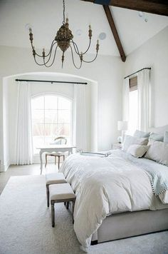 Cool French Country Master Bedroom Design Ideas With Farmhouse Style Country Master Bedroom, French Bedroom Decor, White Bedroom Set, Master Bedroom Design, Master Bedrooms, White Interior Design, Home Interior, Chandelier Bedroom, Bedroom Colors