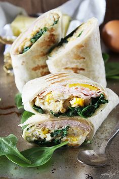 wrap z jajecznicą Fresh Rolls, Poland, Lunch Box, Food And Drink, Wraps, Snacks, Cooking, Ethnic Recipes, Blog
