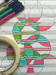 Drawing On Creativity Manuscript doodle art. Create and color in overlapping circles by drawing round a roll of tape with a biro - Doodle Drawings, Doodle Art, Doodle Ideas, Doodle Inspiration, Art Crea, Zentangle Patterns, Zentangles, Art Activities, Teaching Art