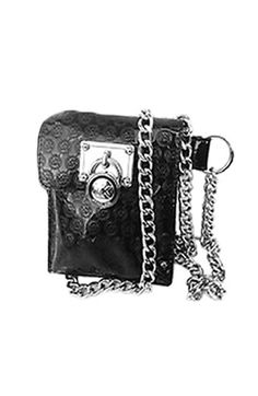 *I have in gold, Michael Kors Belt Chain Bag. Mk Handbags, Handbags Michael Kors, Carteras Michael Kors, Fast Fashion, Michael Kors Black, Clothing Patterns, Phone Case, Clutches, Totes