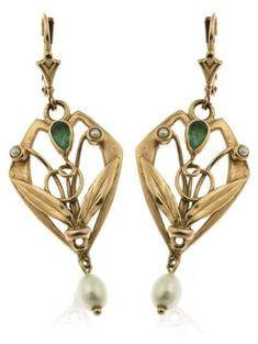 A pair of Art Nouveau drop earrings