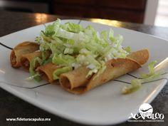 #gastronomiademexico Mariscos Lupita te ofrece los mejores tacos dorados de Acapulco. GASTRONOMÍA DE MÉXICO. La comida mexicana es sin duda la más sabrosa y dentro de los platillos más conocidos se encuentran los tacos dorados, como los que te ofrece Mariscos Lupita en Acapulco, ya sea que los quieras de pollo, res, papa o frijol, todos son deliciosos. Visita la página oficial de Fidetur Acapulco, para obtener más información.